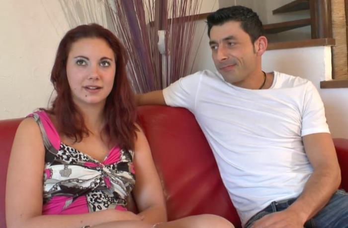 LaFRANCEaPOIL: Stephanie, 19 ans de La Rochelle assouvit ses fantasmes. - Stephanie [2019] (HD 720p)