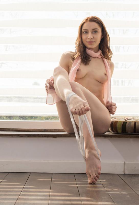 Lena Raz (aka: Raisa) [erotic, solo, lesbian, dildo, straith] [от 2667x4000 до 4912x7360, 2037 фото (21 фотосет)]