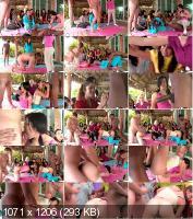 Cfnmshow - Amateurs - Sensual Yoga (HD/720p/487 MB)