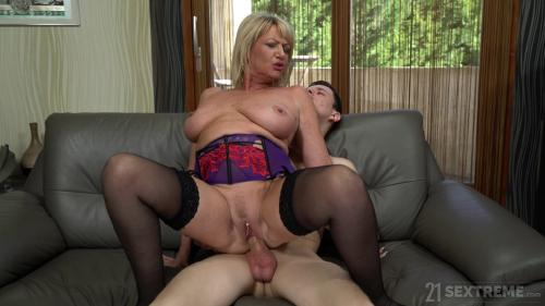 LustyGrandmas 19 04 04 MILF Amy Seduced By The Boy Next Door XXX 2160p MP4-KTR