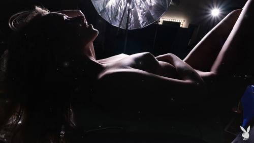 PlayboyPlus 19 04 30 Lindsay Marie Photo Frenzy XXX 1080p MP4-KTR