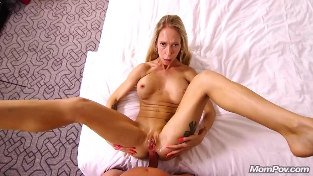 [MomPov.com] Mary - Canadian sex freak does first porn (16.05.2019) [Anal, All Sex, Blowjobs, POV, MILF, Facial, 404p]