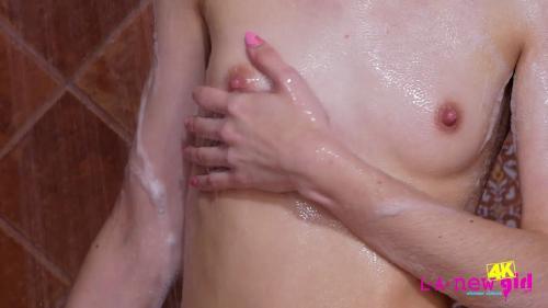 LANewGirl 19 05 19 Chanel Shortcake Shower XXX 1080p MP4-KTR